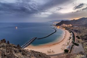 Playa de las Teresitas y San Andrés desde La Piconera