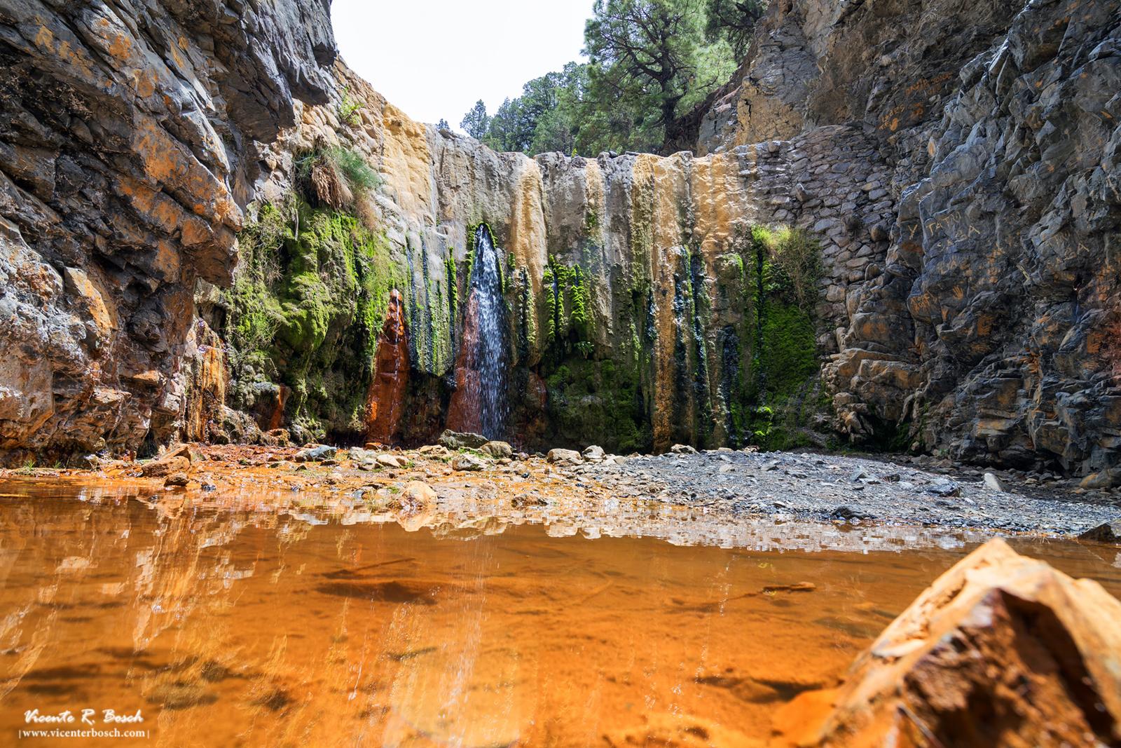 Cascada de colores - Caldera de Taburiente - La Palma