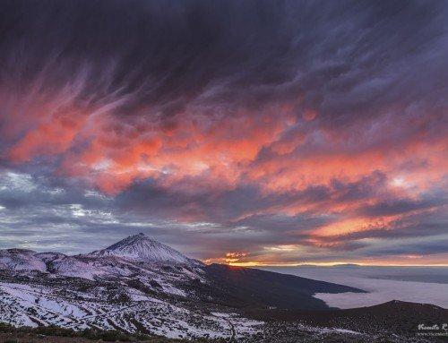 Virgas y mammatus en el Teide al atardecer